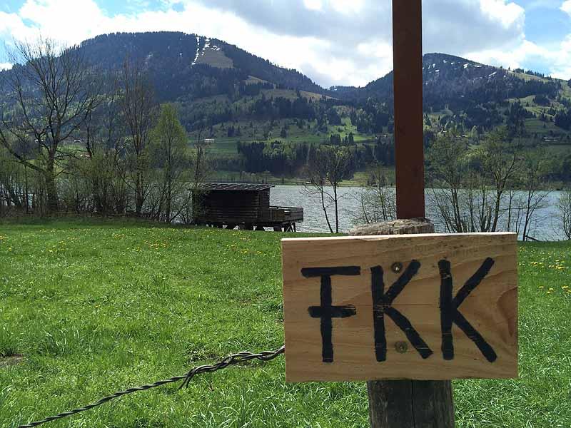 Nacktbaden am Großen Alpsee bei Immenstadt - FKK in Bayern