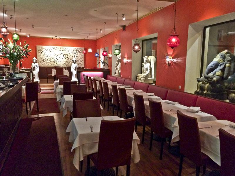 restaurant dhaba in m nchen. Black Bedroom Furniture Sets. Home Design Ideas